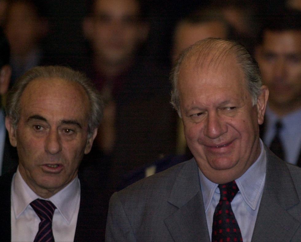 Presidente Ricardo Lagos (2000-2006) y Sergio Bitar, Ministro de Educación (2005)
