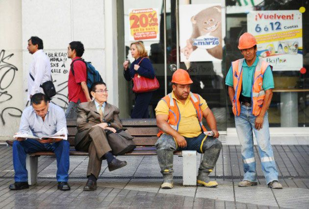 El Verdadero Desempleo en Chile explicado con manzanitas